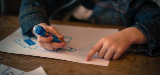 Předškolním dětem chybí kontakt s ostatními dětmi i pedagogy